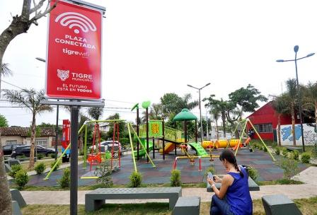 """Más las plazas y paseos conectados al programa """"Tigre Wifi"""""""