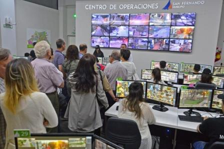 Más vecinos visitaron el Centro de Operaciones de San Fernando