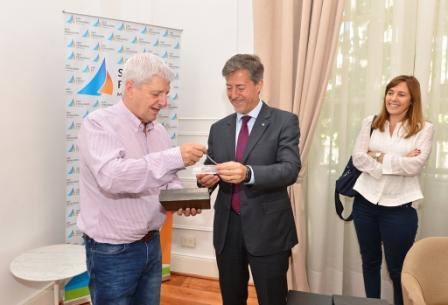El Intendente Luis Andreotti firmó un convenio con la Universidad Nacional de General San Martín para desarrollar estudios, capacitaciones y proyectos de interés mutuo.