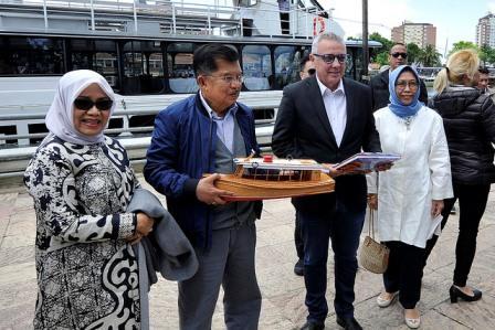 Julio Zamora recibió en Tigre al vicepresidente de Indonesia