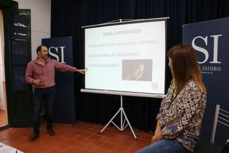 Encuentro de emprendedores en el museo Alfaro de San Isidro