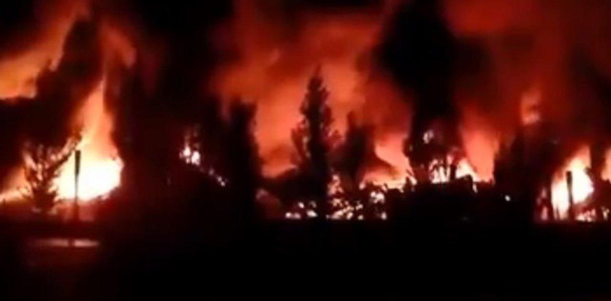 Un incendio destruyó a una guardería náutica en Tigre, 460 embarcaciones afectadas