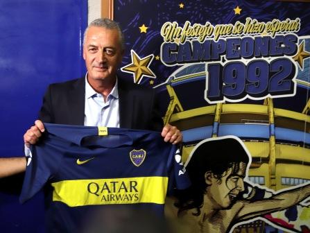 Alfaro Asumió como nuevo DT de Boca