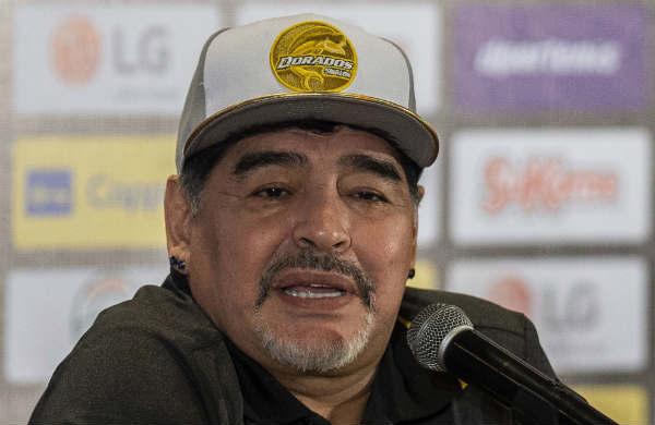 Le detectaron un sangrado estomacal a Maradona y estuvo internado algunas horas para estudios