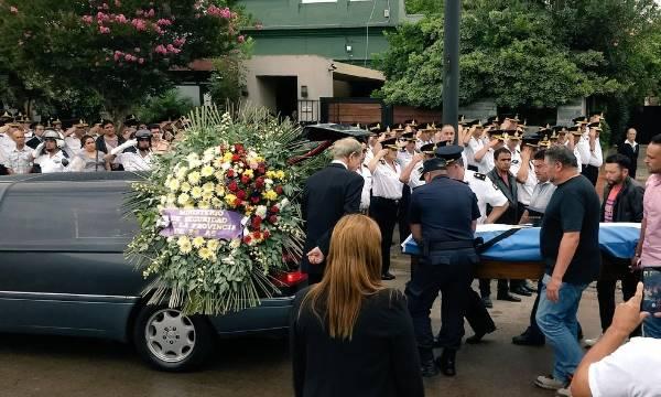 Despidieron en Moreno los restos del policía asesinado en asalto a financiera de Vicente López