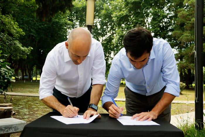 Pilar firmó con la AABE un convenio para desarrollar el Polo Educativo Regional.