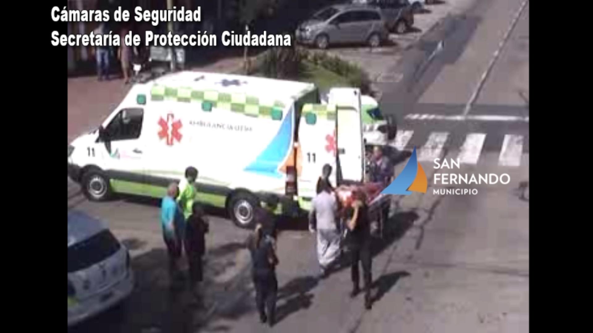 San Fernando: Cámaras de Seguridad permiten brindar asistencia a motociclista que chocó contra un auto.