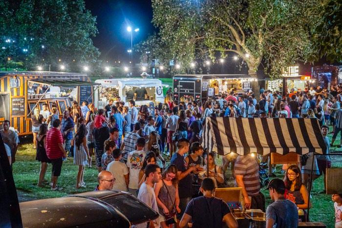 Éxito total el Burger Fest en el Paseo de la Costa de Vicente López.