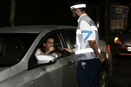 En San Isidro intensifican controles de alcoholemia para prevenir accidentes de tránsito