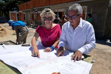 El intendente de Tigre, Julio Zamora, recorrió el predio ubicado en Padre Berruete, entre Carlos Calvo y Hicken.