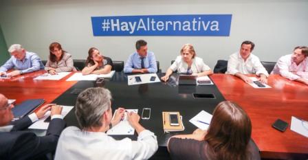 Massa reunió a su bloque de diputados ante la negativa del Ejecutivo de llamar a extraordinarias