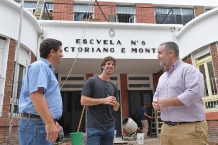 Juan Andreotti recorrió la obra que el Municipio realiza en la Escuela Provincial N°6