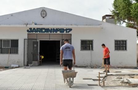 Avanza la renovación que hace el Municipio en el Jardín Provincial N°917