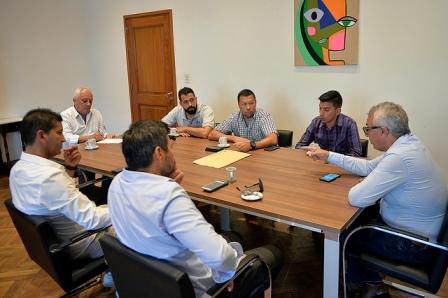 Julio Zamora respaldó a las 50 familias de Tigre afectadas por el conflicto laboral en la empresa Cacciola