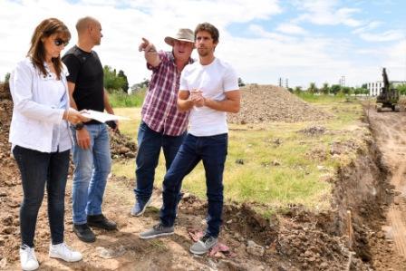 El Diputado Provincial recorrió junto al Presidente del HCD, Santiago Aparicio, los trabajos de mejoramiento de espacio verde ubicado en Guido Spano y Sobremonte,