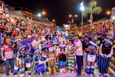 Más de 80 mil vecinos en un espectacular arranque del Gran Corso de San Fernando