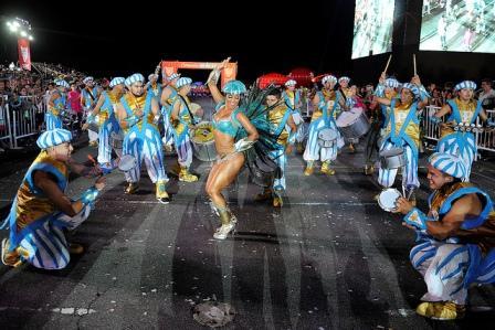 100 mil personas disfrutaron de los carnavales de Tigre