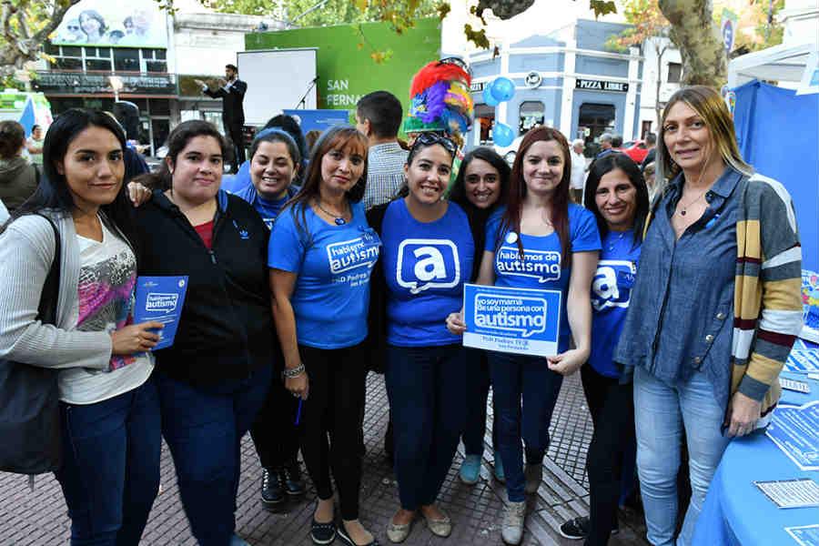 San Fernando y TGD Padres TEA concientizaron sobre el autismo en una jornada por el Día del Autismo