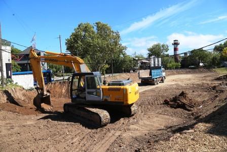 Avanzan las obras en el futuro parque público del puerto de San Isidro