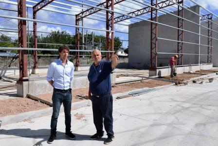 Juan Andreotti visitó la obra del nuevo Centro de Servicios y Obras Públicas