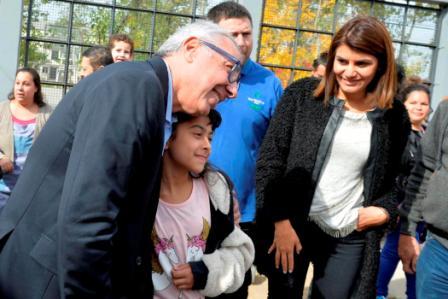 Julio Zamora, criticó la falta de compromiso del gobierno provincial con la educación pública y el abandono en salud y seguridad. Fue durante la inauguración de los nuevos juegos del jardín N°927.