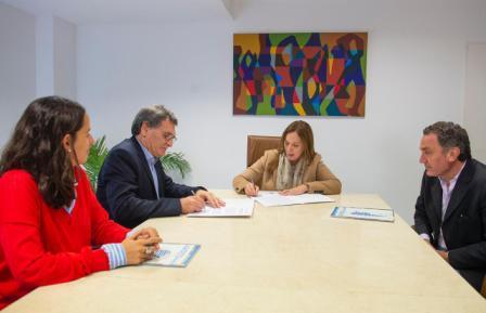 """Vidal firmó una carta de """"adhesión y compromiso"""" para impulsar acciones de derechos humanos con el gobierno nacional"""