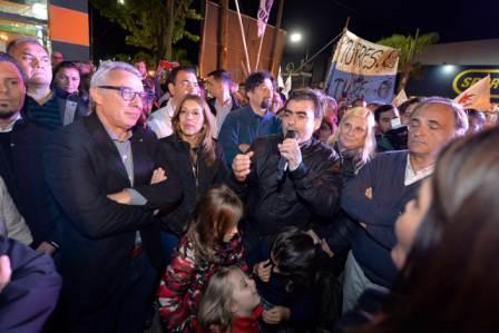 n la localidad de General Pacheco, el presidente del Partido Justicialista de Tigre, Julio Zamora, encabezó el acto alusivo al centenario del natalicio de Eva Duarte de Perón