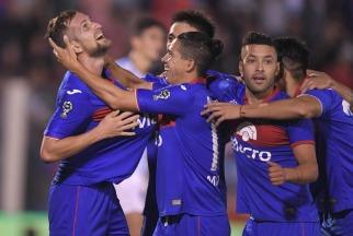 Tigre vapuleó a Atlético Tucumán y dio un paso enorme para ser finalista