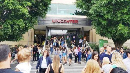 Por una amenaza de bomba  evacuan el shopping Unicenter de Martínez