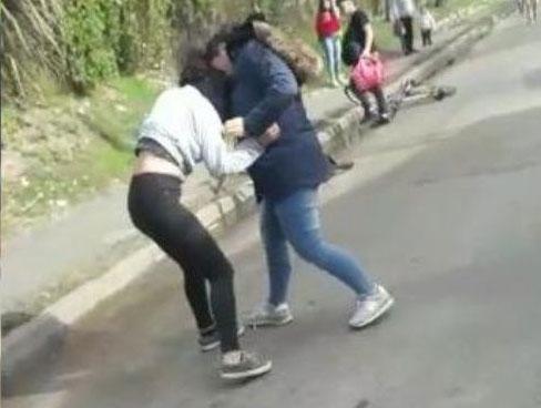 Feroz golpiza a una alumna a metros de una escuela de Tigre