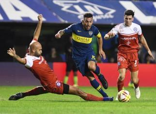 Boca, con sufrimiento, le ganó a Argentinos y jugará la final con Tigre