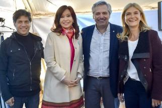 Cristina y Alberto publicaron una foto con Kicillof y Magario, y le dan aire a una eventual fórmula bonaerense