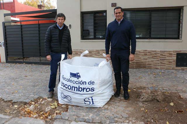 San Isidro entregó más de mil bolsones con su servicio de recolección de escombros