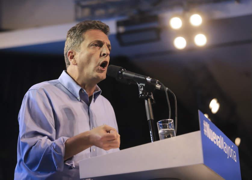 Sergio Massa ratifica su candidatura presidencial y abre la negociación con el PJ para derrotar a Macri
