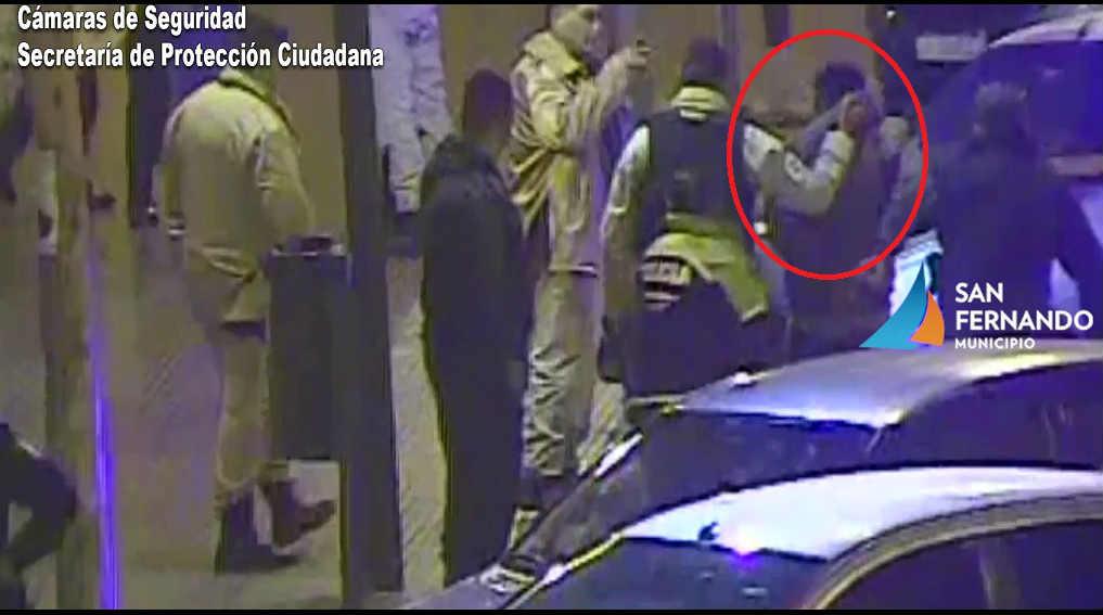 San Fernando: Las Cámaras de Seguridad impiden a dos hombres robar una moto estacionada