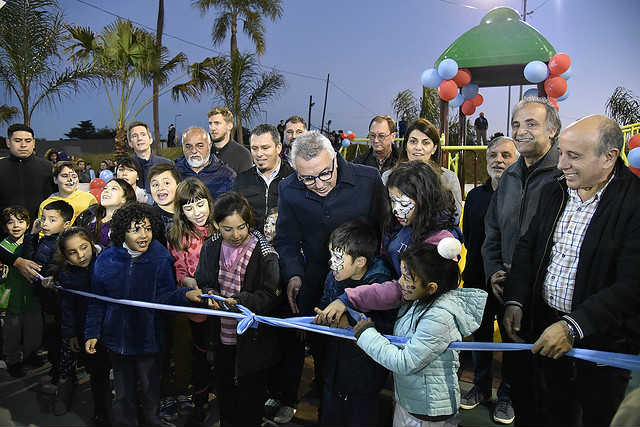 Julio ZAmora Reinauguró la Plaza Raúl Alfonsín en Pacheco