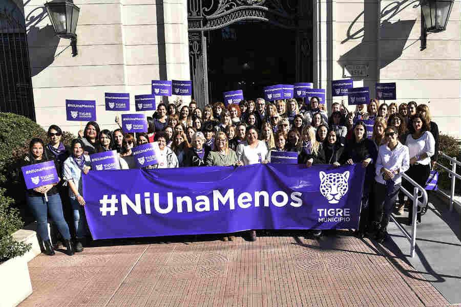 """Tigre se sumó a una nueva marcha de """"Ni una menos"""""""