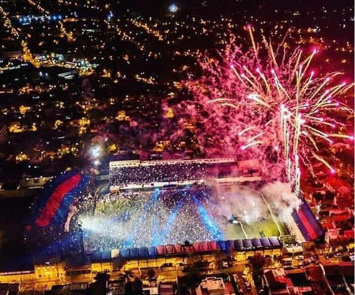 Multitudinario festejo de Tigre en Victoria para celebrar el primer título de su historia