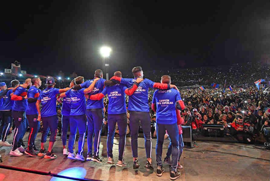 San Fernando celebró junto al Club Atlético Tigre, campeón de la Superliga