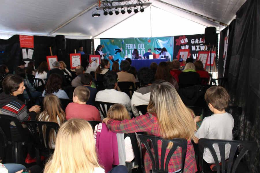 Más de 80.000 personas pasaron por la Feria del Libro Pilar 2019