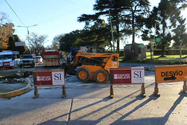 San Isidro construye una senda peatonal en Av. Unidad Nacional y Santa Fe