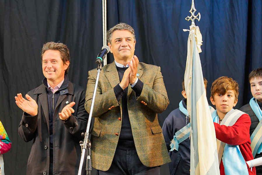 Más de 40 escuelas del partido participaron del acto de promesa a la bandera en Tecnópolis (Avenida de los Constituyentes y Av. Gral. Paz), junto al intendente Jorge Macri y el Director General de Cultura y Educación de la Provincia de Buenos Aires, Gabriel Sánchez Zinny.