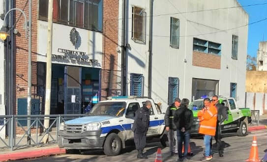 El Municipio de San Fernando realizó un simulacro de evacuación en la Escuela Nº 17 de Victoria