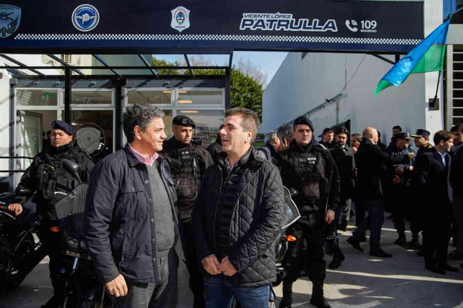 El intendente Jorge Macri, acompañado del Ministro de Seguridad de la Provincia de Buenos Aires, Cristian Ritondo y el Secretario de Seguridad, Santiago Espeleta, recorrieron el nuevo destacamento del Grupo de Prevención Motorizado.