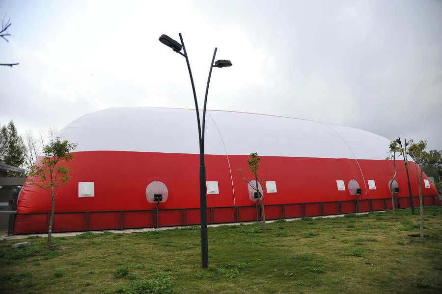 Julio Zamora inauguró la climatización de la pileta del Polideportivo