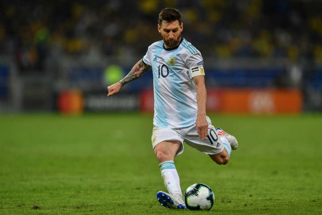 """Messi, durísimo: """"se cansaron de cobrar boludeces con el VAR y no nos dieron dos penales"""""""