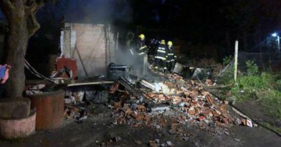 Cinco menores de entre 4 y 15 años fallecieron esta madrugada tras incendiarse la casa en donde vivían en el partido bonaerense de Pilar.