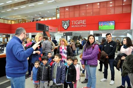 Turismo social: Niños y niñas de Islas recorrieron el centro de la ciudad de Tigre