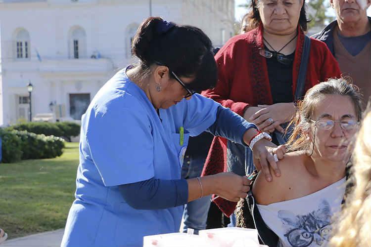 Pilar: nuevas fechas de operativos de vacunación antigripal en vía pública