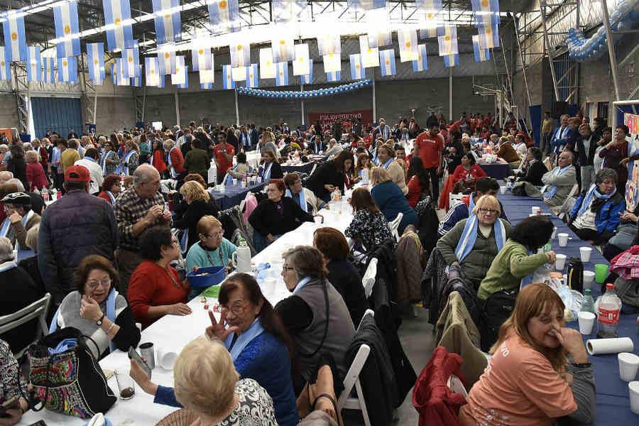 La Peña Patria de la Tercera Edad de Tigre reunió a más de 1.000 vecinos de todas las localidades